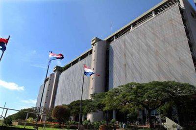 Piden intervención del BCP en Caja Bancaria, ante denuncia de faltante