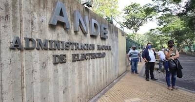 Plantean uso de fondos de emergencia para financiar facturas de Ande y Essap