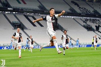 Juventus gana después de tres partidos y queda a un paso del título