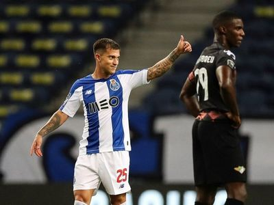El campeón Porto golea al Moreirense