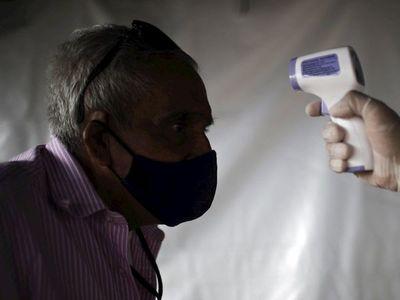 Salud señala que toma con termómetro infrarrojo debe hacerse en la frente