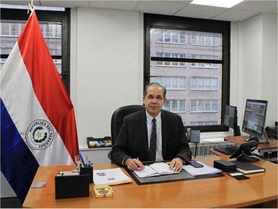Consulados también pagan salarios mayores al de Marito