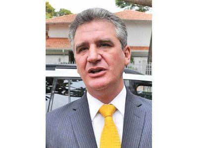 Bacchetta dice que elección de Petta fue una improvisación