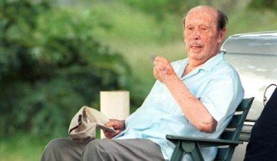 Justicia brasileña autoriza exhumación de Stroessner para prueba de ADN