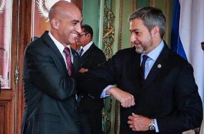 """Abdo ratifica apoyo a Mazzoleni: """"Salvaste muchas vidas"""""""