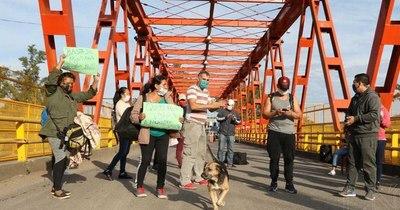 Ofuscada intervención de cónsul argentino ante cierre de puente en Puerto Falcón