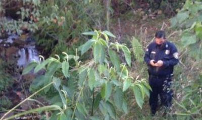 También en Zanja Pytá se halló un cuerpo sin vida, al costado de un arroyo