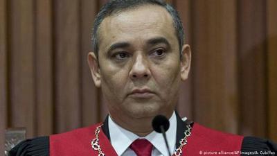EE.UU. ofrece recompensa de 5 millones de dólares por presidente de Tribunal Supremo de Venezuela