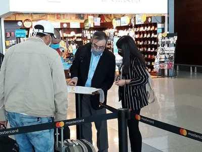Retornan de Uruguay 47 compatriotas • Luque Noticias