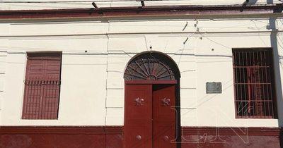 Director de escuela España de San Lorenzo es denunciado por abuso sexual