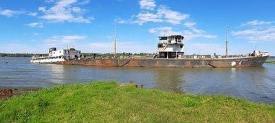 Jueza ordena que el MADES se haga cargo del buque varado en el río Paraná