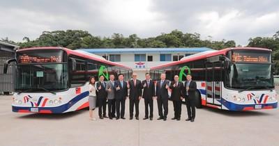 Buses eléctricos donados por Taiwán arribarán al país cuando se rehabiliten vuelos