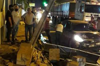 #Ahora ACCIDENTE EN CENTRO DE CORONEL OVIEDO