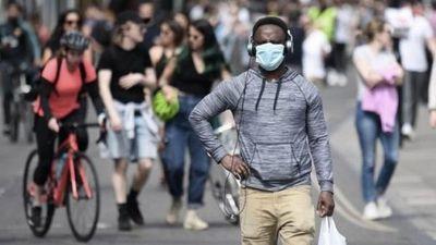 Científicos británicos advierten que el coronavirus vino para quedarse, incluso si hay vacuna