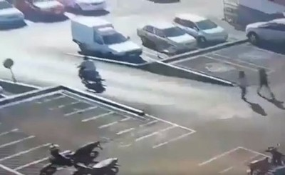 Hurtan dos vehículos en O´leary y una moto de un supermercado en CDE