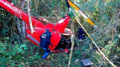 Se estrelló un helicóptero en San Pablo y el piloto pidió ayuda a los vecinos para sacar su carga: llevaba 300 kilos de cocaína