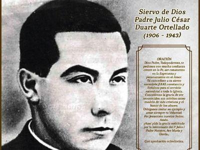 Extra y ÚH regalan póster del padre Julio César Duarte