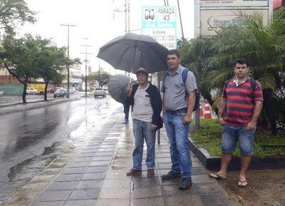 Habilitan primeros refugios para pasajeros, parte de los 512 que se prevén en Asunción