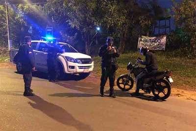 Siguen detenciones por violar la cuarentena
