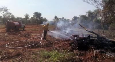 Prueba de fuego para bomberos de Horqueta en incendio presuntamente intencional