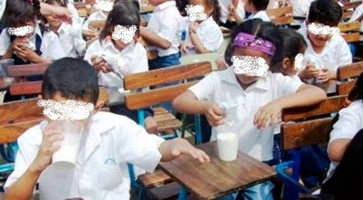 Denuncian faltante de leche de merienda escolar sin explicación oficial