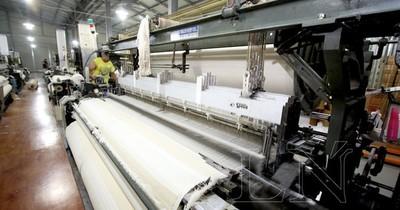 Fábrica de toallas paraguaya exportará 4.000 unidades a Uruguay