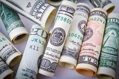 Alta cotización del dólar no es tan negativa en contexto regional, indica especialista
