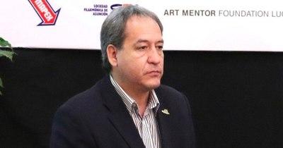 Contraloría denuncia a intendente por daño patrimonial millonario