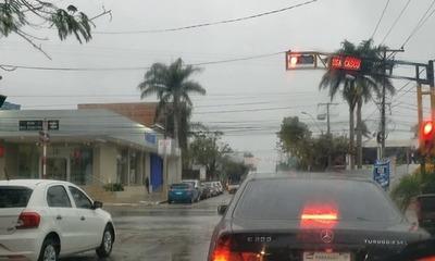 Viernes frío y con lluvias dispersas, anuncia Meteorología