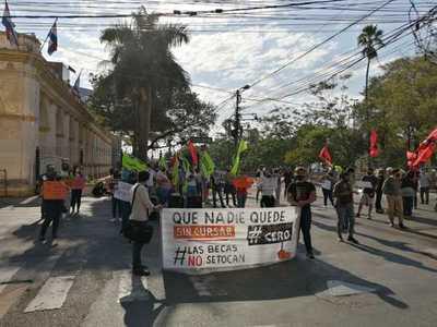 'Podemos decir que la educación universitaria pública en Paraguay va a ser gratuita'
