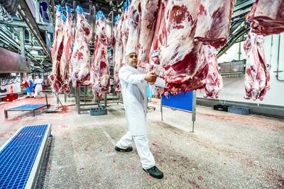 Hay más de 100 funcionarios de frigoríficos y mataderos en cuarentena cumpliendo el protocolo