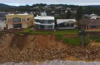 Las 40 mansiones en Australia que están a punto de caer al océano
