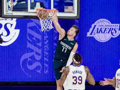 Los Lakers vuelven a la actividad, pero Los Mavs los desactivan