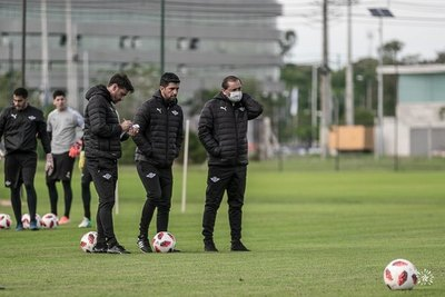 Los cambios que prepara Ramón Díaz tras la derrota ante Cerro