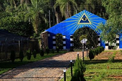 De Iluminatis, Masones e ignorantes
