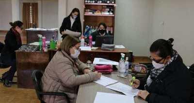 Un total de 612 universitarios recibirán el primer desembolso por becas en Ñeembucú