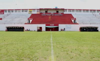 HOY / Harán una audiencia pública buscando la readecuación del estadio del club Ovetense