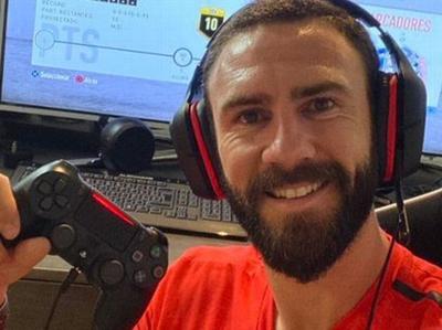 Miguel Layún apuesta fuerte a los eSports