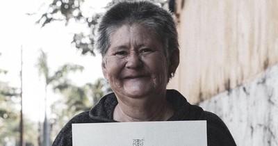 Raquel, la artista con esquizofrenia cuya historia de vida recorrió el mundo