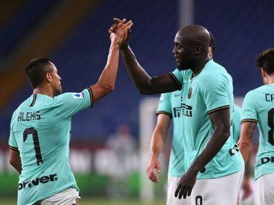 Inter golea al Genoa y Juve va por el 9º
