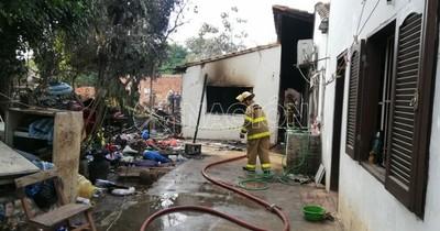 Incendio en vivienda de Fernando de la Mora deja 2 fallecidos