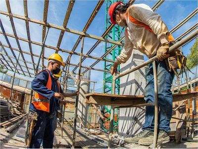 Fortaleza reafirma su compromiso ayudando a reactivar la economía del país
