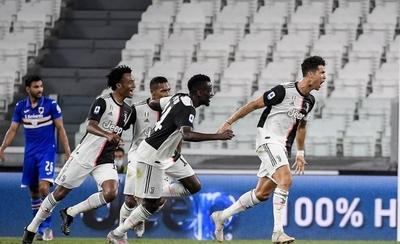 HOY /  Juventus se proclama campeón de Italia por 36 vez, novena consecutiva