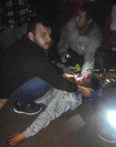 Joven fue herido con un CUCHILLO en plena calle