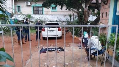 HOY / Policía realizó cuatro allanamientos en simultáneo y detuvo a 5 personas
