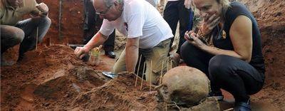 """""""Alfredo Stroessner, un incómodo cadáver en Brasil"""", artículo sobre el Tiranosaurio de Sudamérica"""