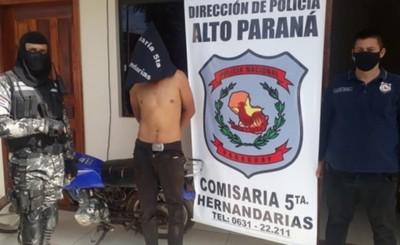 Motochorro aprehendido apenas terminaba de robar una moto