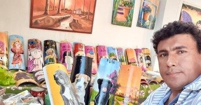 Ejemplo de superación: encontró salida laboral pintando tejas personalizadas