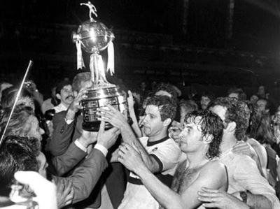 Las curiosas anécdotas de los campeones a 41 años de la primera Libertadores de Olimpia