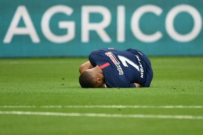 Mbappé queda fuera del reinicio de la Champions League